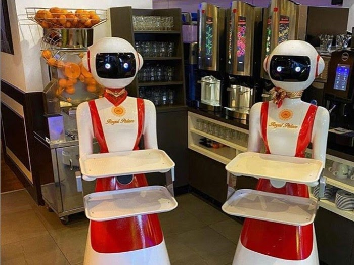 Robot Kini Sudah Menjadi Pelayan Restoran, Ini Buktinya